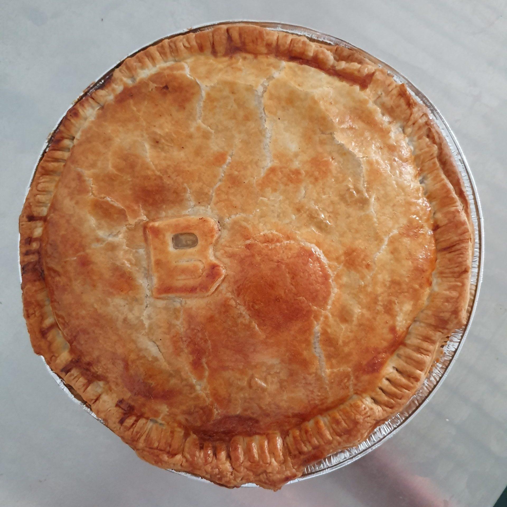 Gourmet family Beef Pies – 1kg